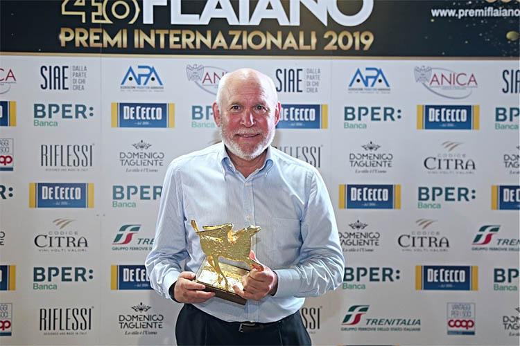 Steve McCurry Premio Internazionale Flaiano alla carriera 2019, venuto a Pescara per i Premi Flaiano e il suo omaggio all'Italia